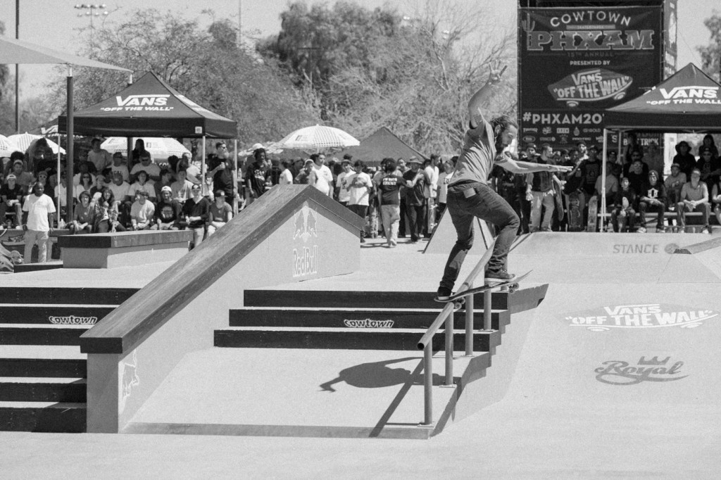 1dakota camp front blunt
