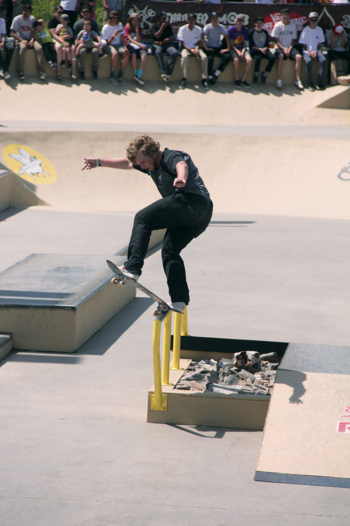 Jamie Foy_Skating_1