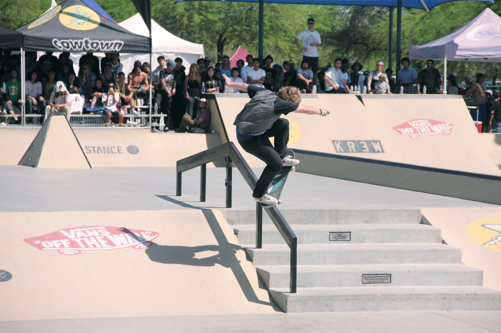 Jamie Foy_Skating_2
